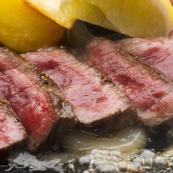 国産(もも肉)ステーキ