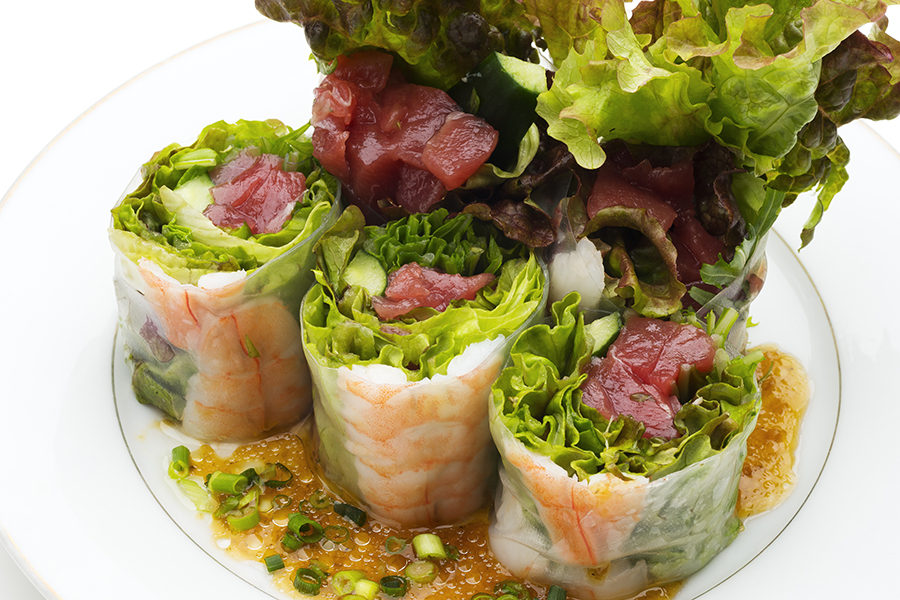 raw-spring-roll-of-shrimp-and-raw-tuna